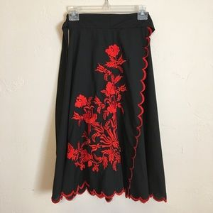Vintage | Embroidered Floral Wrap Circle Skirt